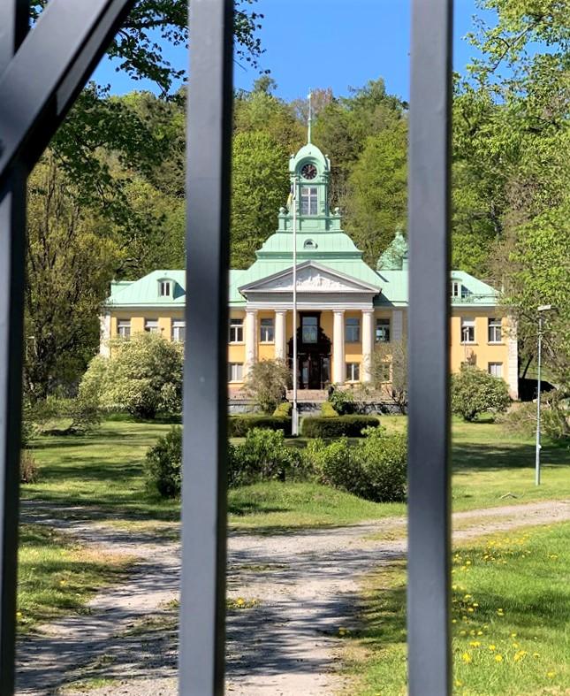 Misstnkt vldtkt i skogsparti i Alby i Botkyrka | SvD